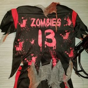 Boys ZOMBIE FOOTBALL PLAYER size Small (8)